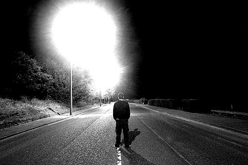 dark-street-lights-photo